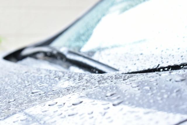 親水性ガラスコーティングの最大の特徴はセルフクリーニング機能